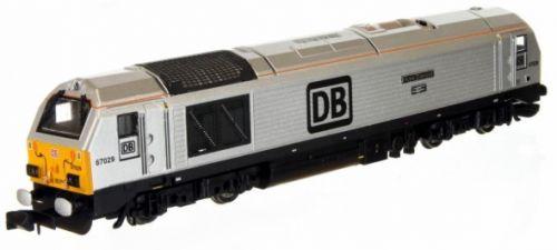 Dapol 2d-010-011 Class 67 New