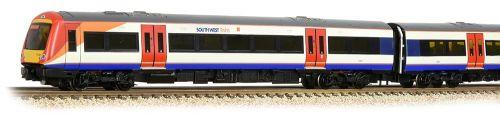 Graham Farish 371-427A Class 170/3 DMU NEW