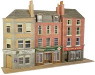PO205 LOW RELIEF PUB & SHOPS
