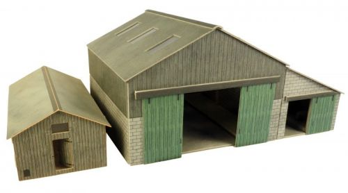 PO252 MANOR FARM BUILDINGS