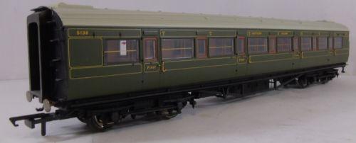 Hornby R4298A SR Maunsell 1st Class Coach