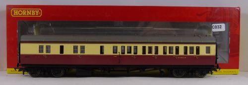 Hornby R4685A BR Collett Coach